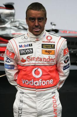Alonso intentando mejorar su imagen en McLaren